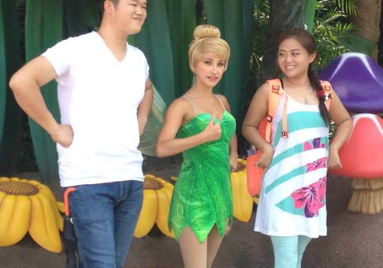 Me and Tink had a thing going. (For Tori and Raelene – these random Asian people kept showing up in my photos… what the heck?)