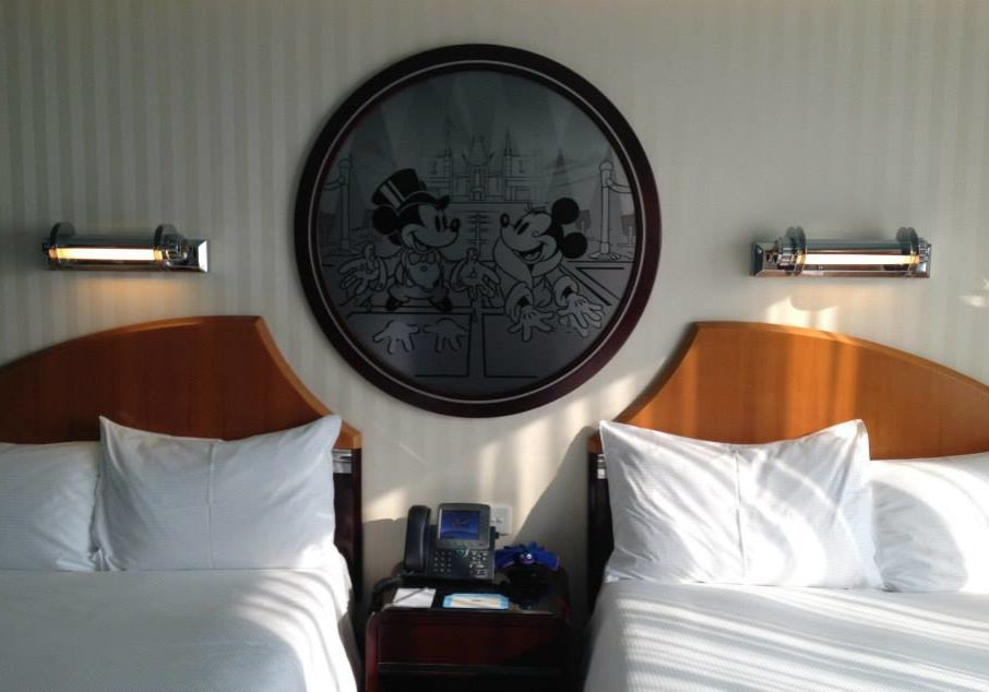 Disney's Hollywood Hotel is very comfortable – the art deco décor is nicely done.
